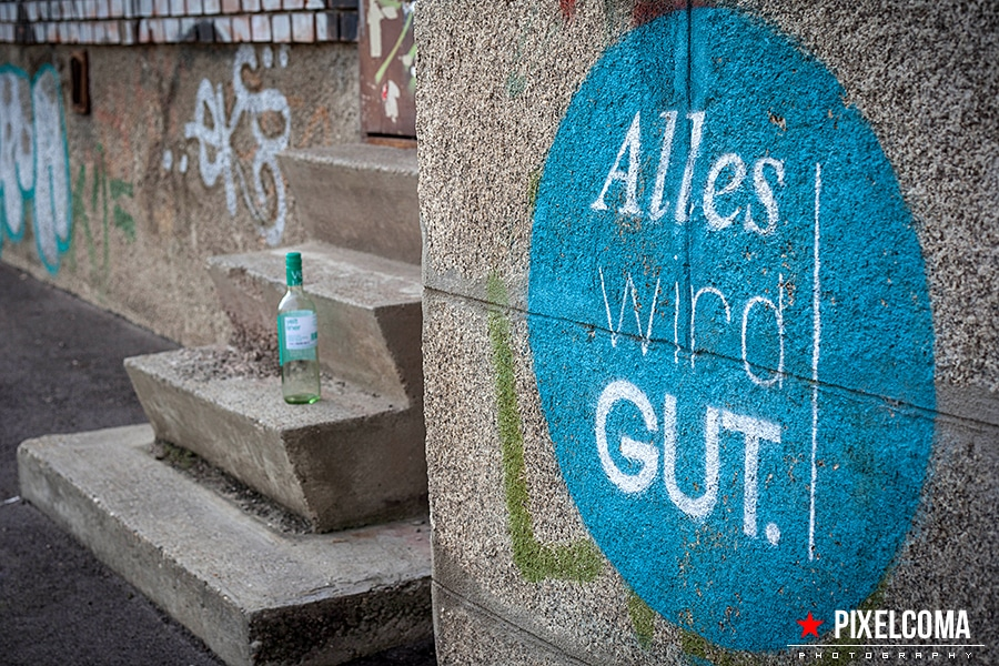 Alles, wird, gut, grafitti, wein